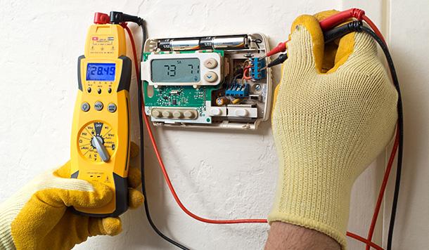 Reparación de componentes eléctricos